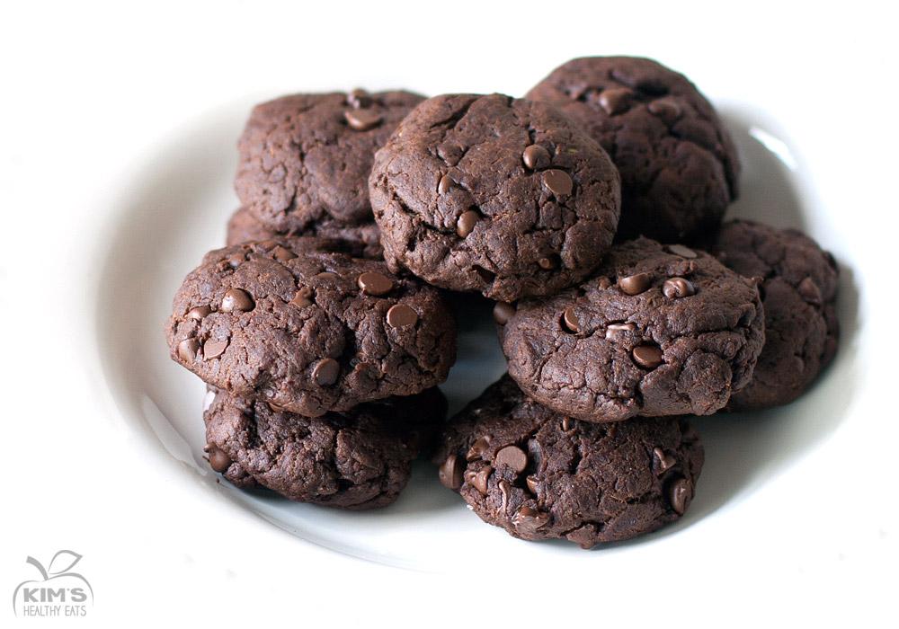 Vegan Chocolate Chip Cookies with Avocado